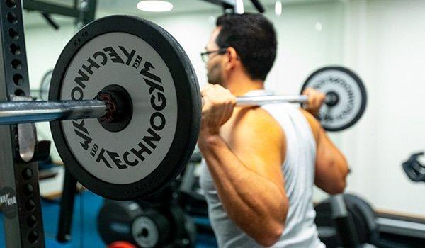 Mann beim Fitness Workout